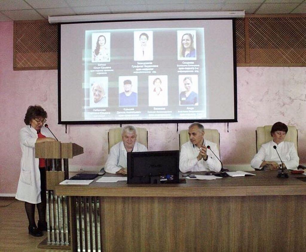 В ГБУЗ «Детская больница им. З.А.Башляевой» состоялось подведение итогов по результатам анкетирования лучших медицинских сотрудников больницы за август-сентябрь 2018 год.