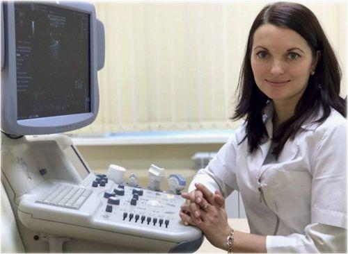 Миронова Алена Константиновна, заведующая ЦВЛ, к.м.н., врач – педиатр, врач ультразвуковой диагностики