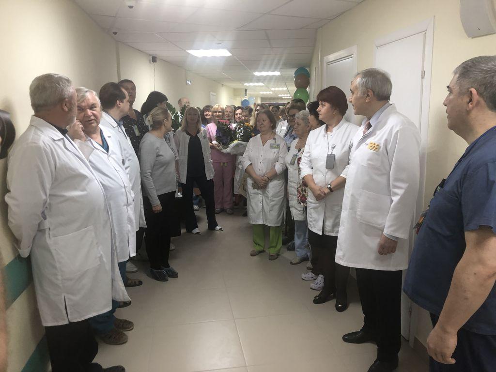 Сегодня после ремонта в больнице открылось отделение нейрохирургии
