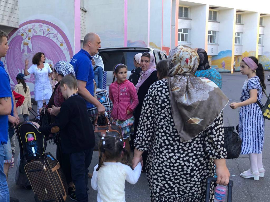 Прибыли пациенты с тяжелыми заболеваниями из Чеченской Республики
