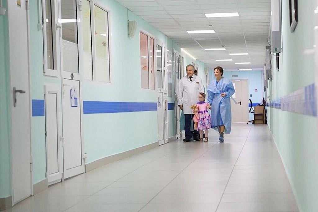 Анна Юрьевна Кузнецова навестила девочку, оказавшуюся в трудной жизненной ситуации