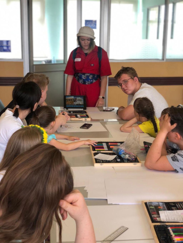 30 мая в рамках проекта «Культурное наследие детям» в эндокринологическом отделении состоялся мастер класс на тему: «История искусства».