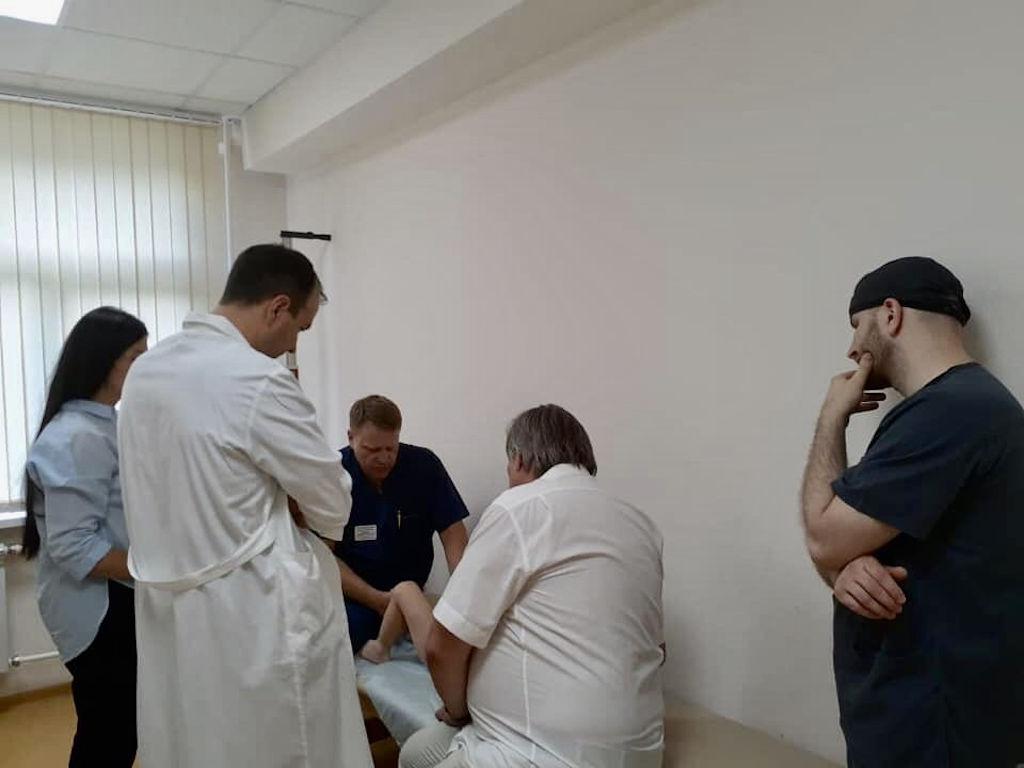 Вчера приняли очередного пациента в рамках проекта «Хочу ходить», который реализуется благотворительным Фондом «Жизнь в движении».