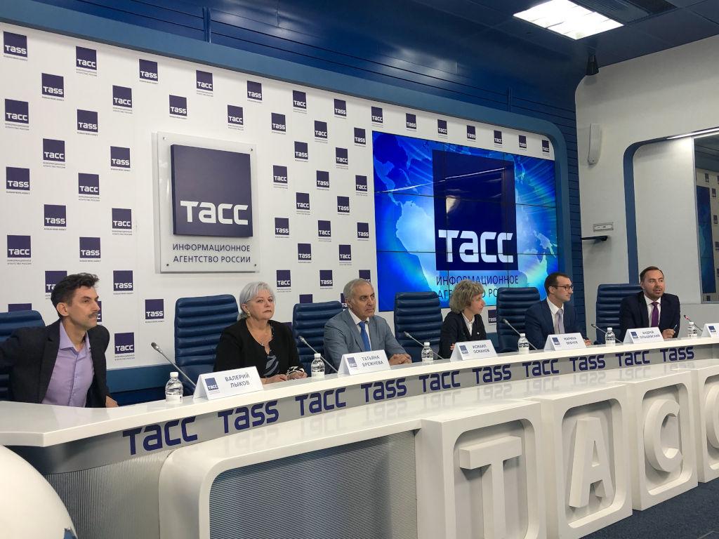 встреча с журналистами в пресс-центре информационного агентства ТАСС