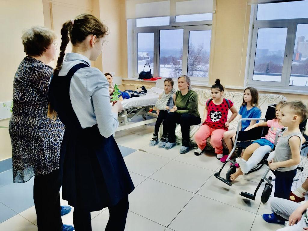 В нашей больнице продолжаются творческие занятия в рамках проекта «Культурное наследие детям»