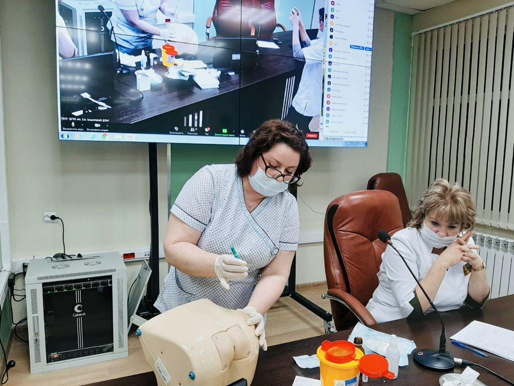 дистанционное обучение с учениками медицинских классов школ СЗАО