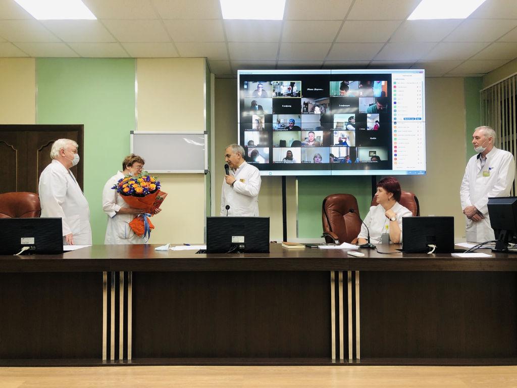 Сегодня на общебольничной конференции мы поздравили с Юбилеем врача педиатра Тимофееву Тамару Александровну